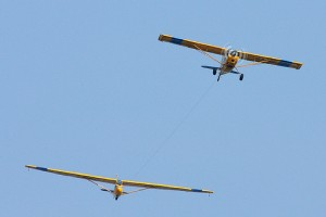 gliding-with-tow-plane
